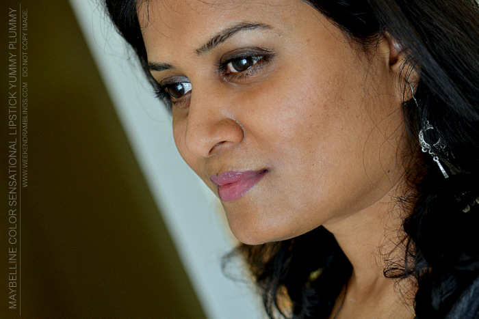 Maybelline Lipstick Color Sensational Yummy Plummy Indian Dark Skin Makeup Beauty Blog Reviews Swatches FOTD Looks