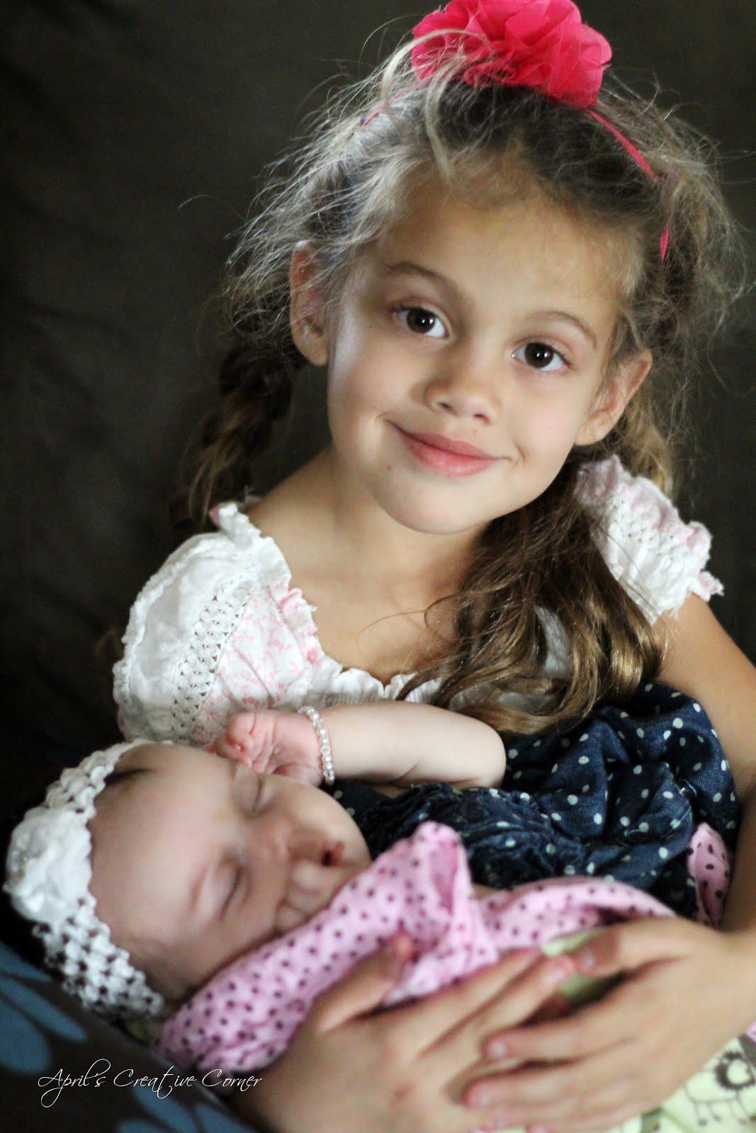Thalia S Daughter Pict...