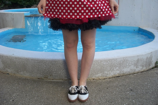 red and white polka dot dress, 1950s style, 50s inspired fashion, saddle shoes, pin up girl, girl posing by Victoria Park Place fountain,  A Coin For the Well, Windsor Ontario fashion blog, style blogger, red and black crinoline skirt