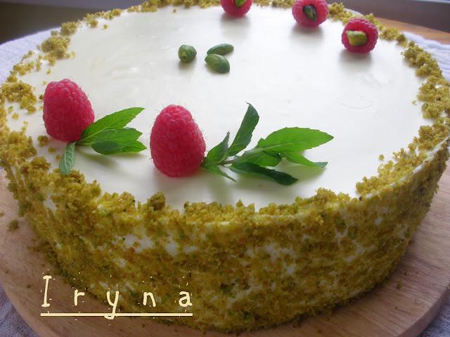 Заливной торт с ягодами