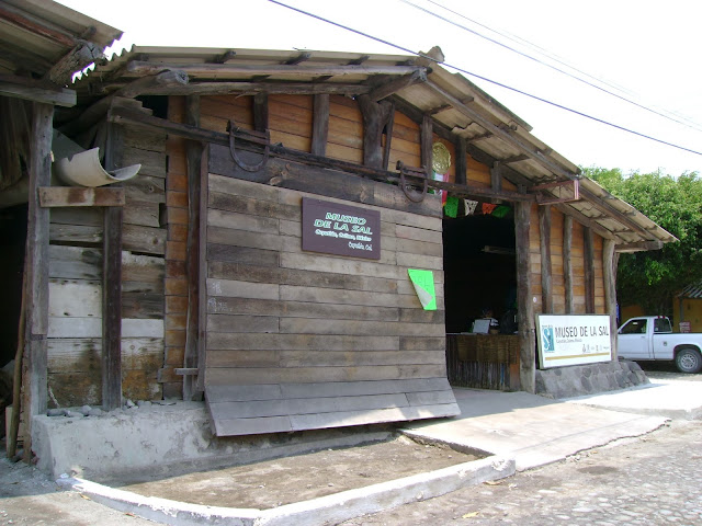 Museo Comunitario de la Sal, Armería