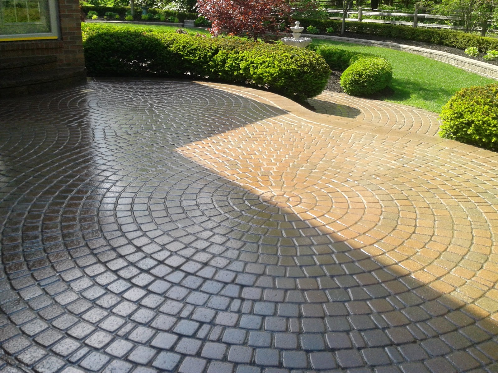 Brick Paver Patio Design Installation and Maintenance WET LOOK