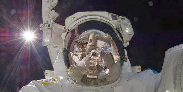 La autofoto más espectacular del 2013 publicada por la NASA 0001432167