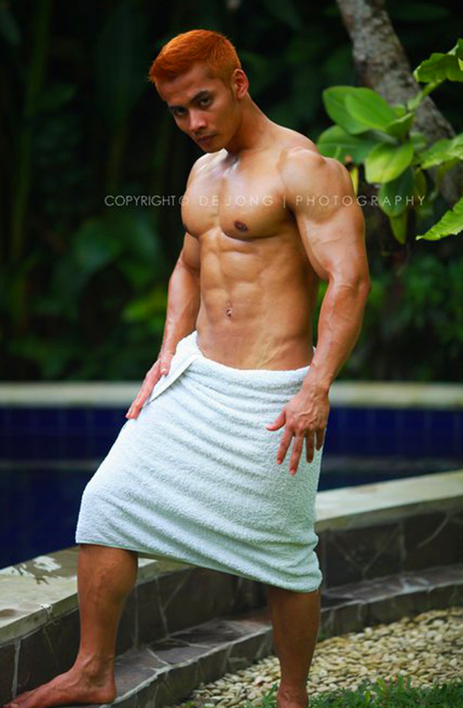 muscle nude indonesia boy