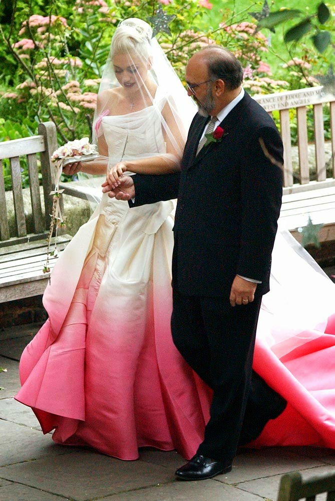Gwen Stefani Wedding Dress - Affordable Pink Wedding Dresses - Celebrities