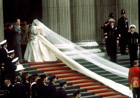 princess diana wedding dress photos. princess diana wedding dress