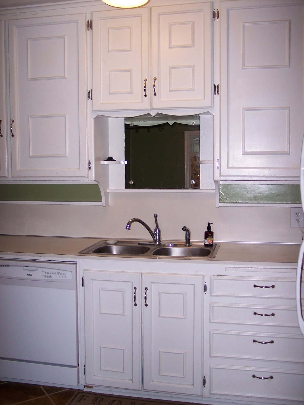 Ways To Refinish Kitchen Cabinets WikiHow. Full resolution‎  img, nominally Width 1200 Height 1600 pixels, img with #825A49.