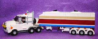 Camión tráiler de escala minifig