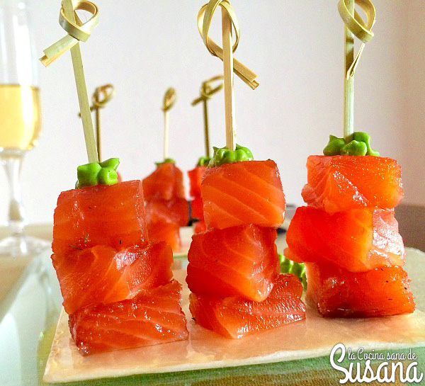 Aperitivo saludable de salmon marinado o como hacer un falso salmon ahumado