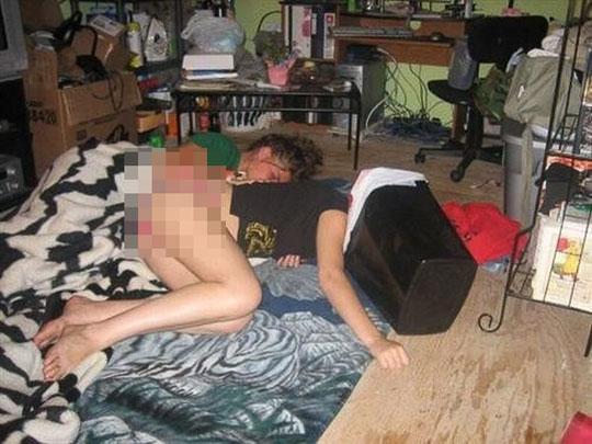 ютуб фото пьяные голые бабы