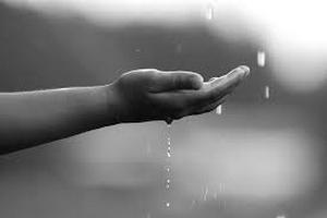 φθινοπωρινή βροχή oi πρώτες σταγόνες