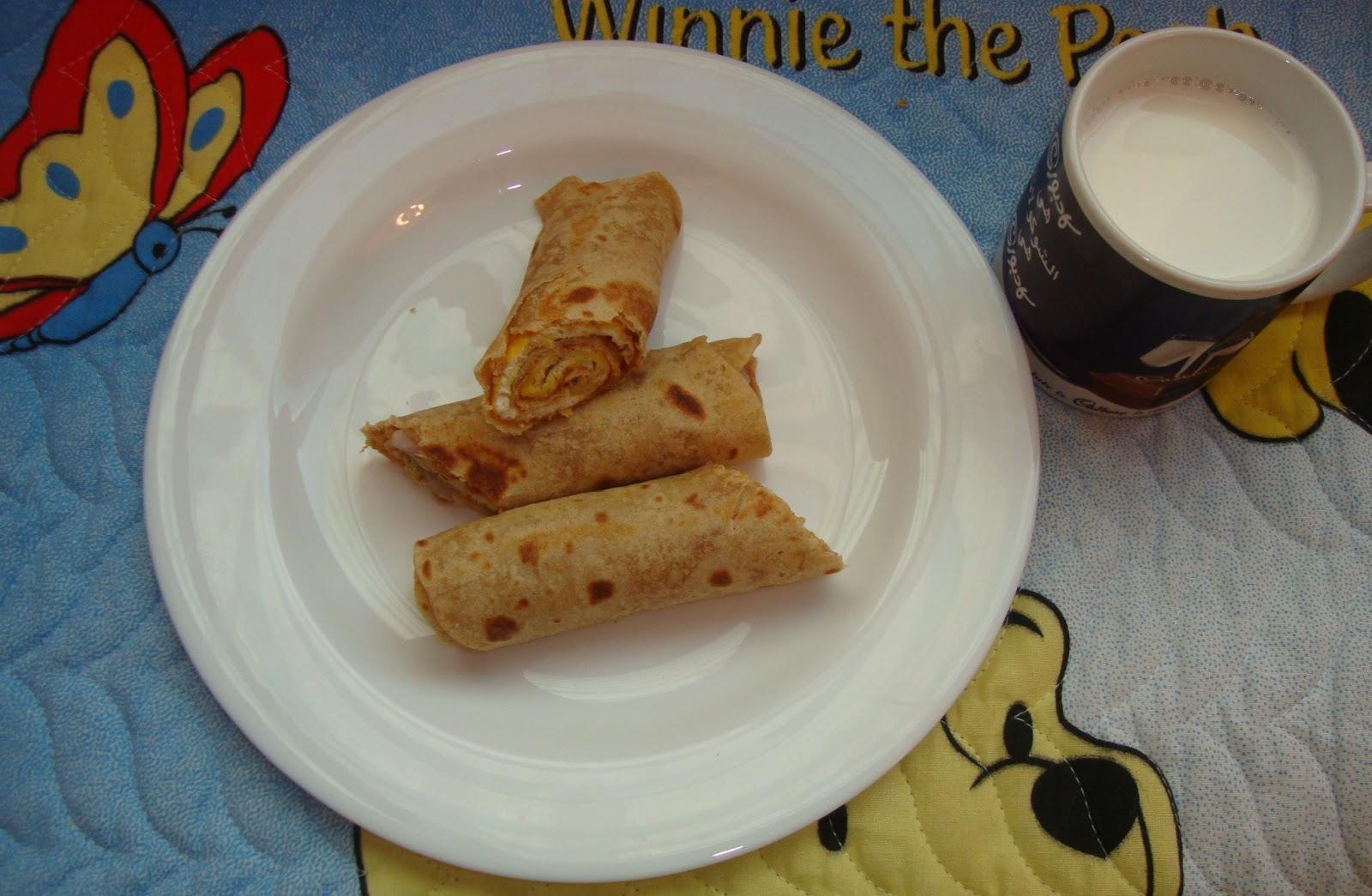 Chapathi Egg Roll / Egg Frankie (Egg Roll with Indian Flat Bread