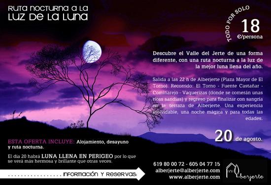 Ruta nocturna a la luz de la luna llena en el Valle del Jerte