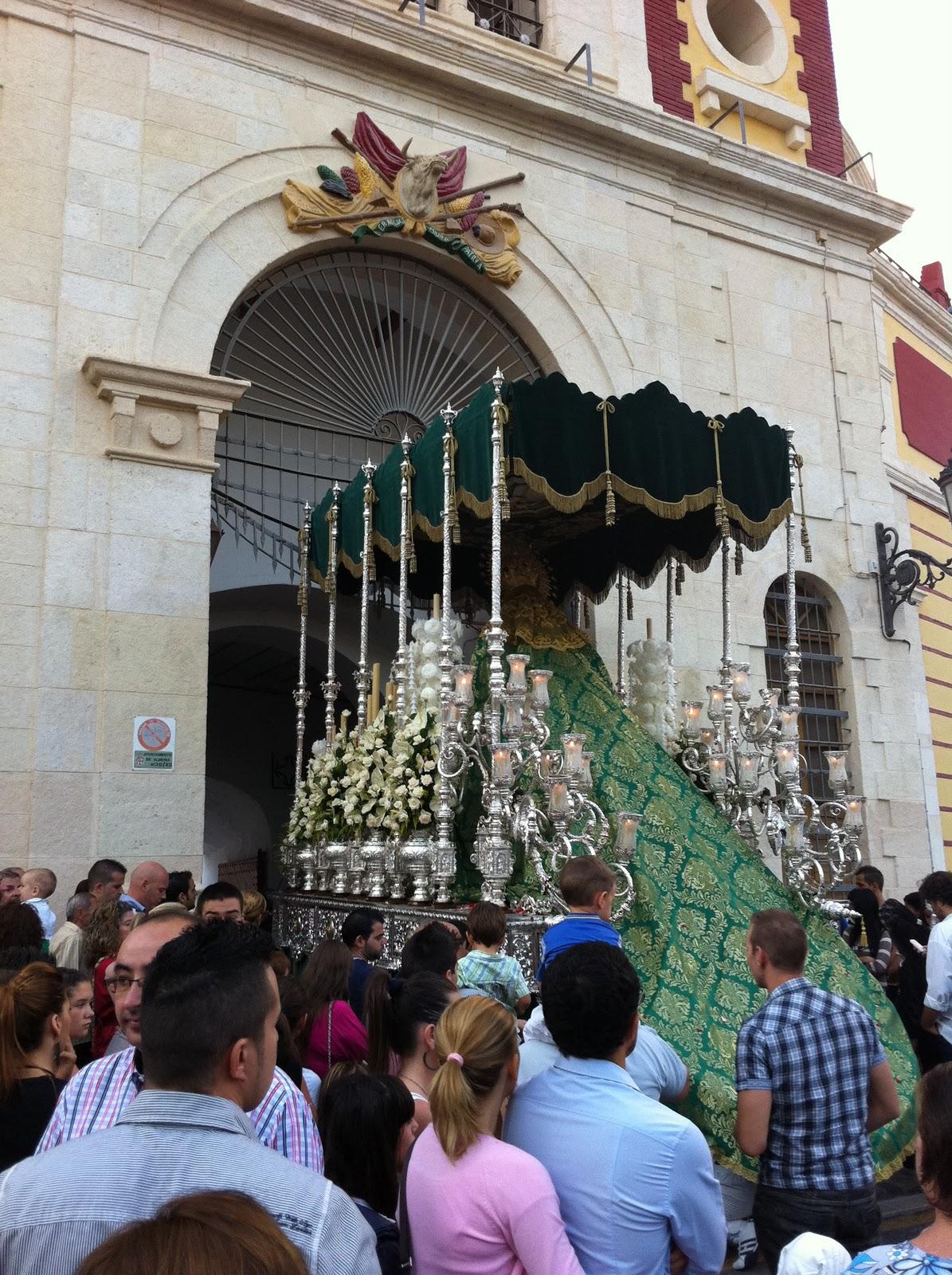 grande indio salida en Almería