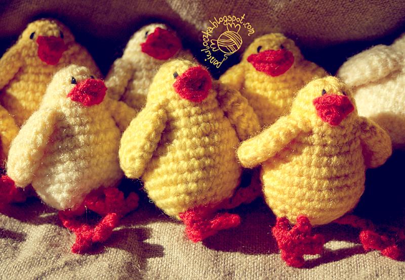 Wielkanocne kurczaki na szydełku