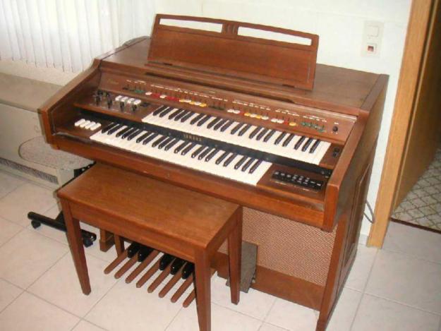 Princess elizabeth estate hillview alive with the sound for Yamaha electone organ models