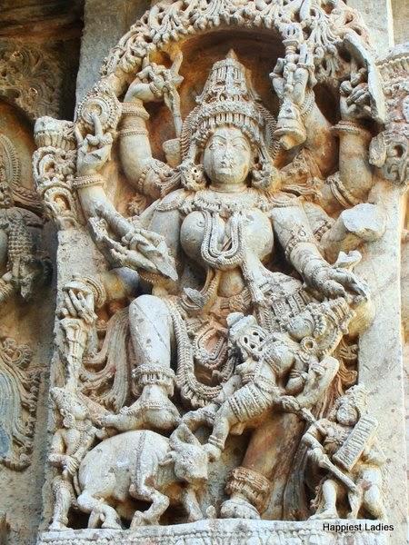 mahishasura mardini Kedareswara temple Halebeedu