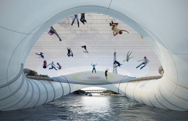 Unik, Ada Jembatan Trampolin Di Paris! [ www.BlogApaAja.com ]