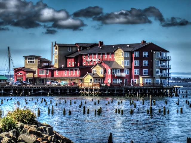 Thom Zehrfeld Photography : Astoria Oregon