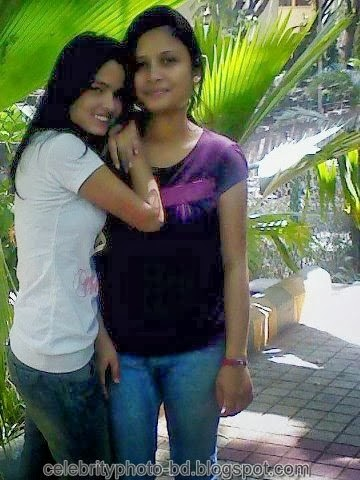 Deshi+girl+real+indianVillage+And+college+girl+Photos041