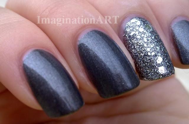 accenture_manicure_nail_unghie_smalti_laquer_polish_Opi_Miss_Universe_Crown_Me_Already_Avon_Gun_Metal_Glitter