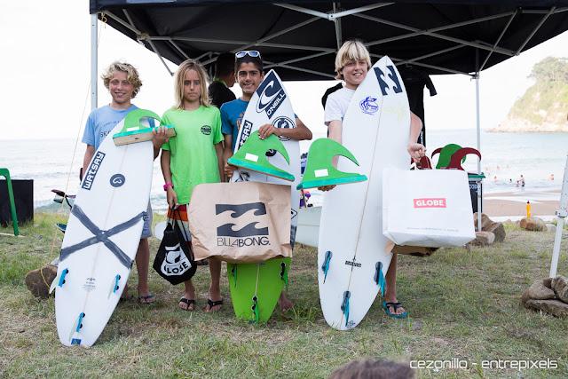 Ganadoras chicos en Playa España