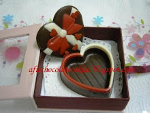 SET CHOC LOVE BOX ~ SIZE 'S'