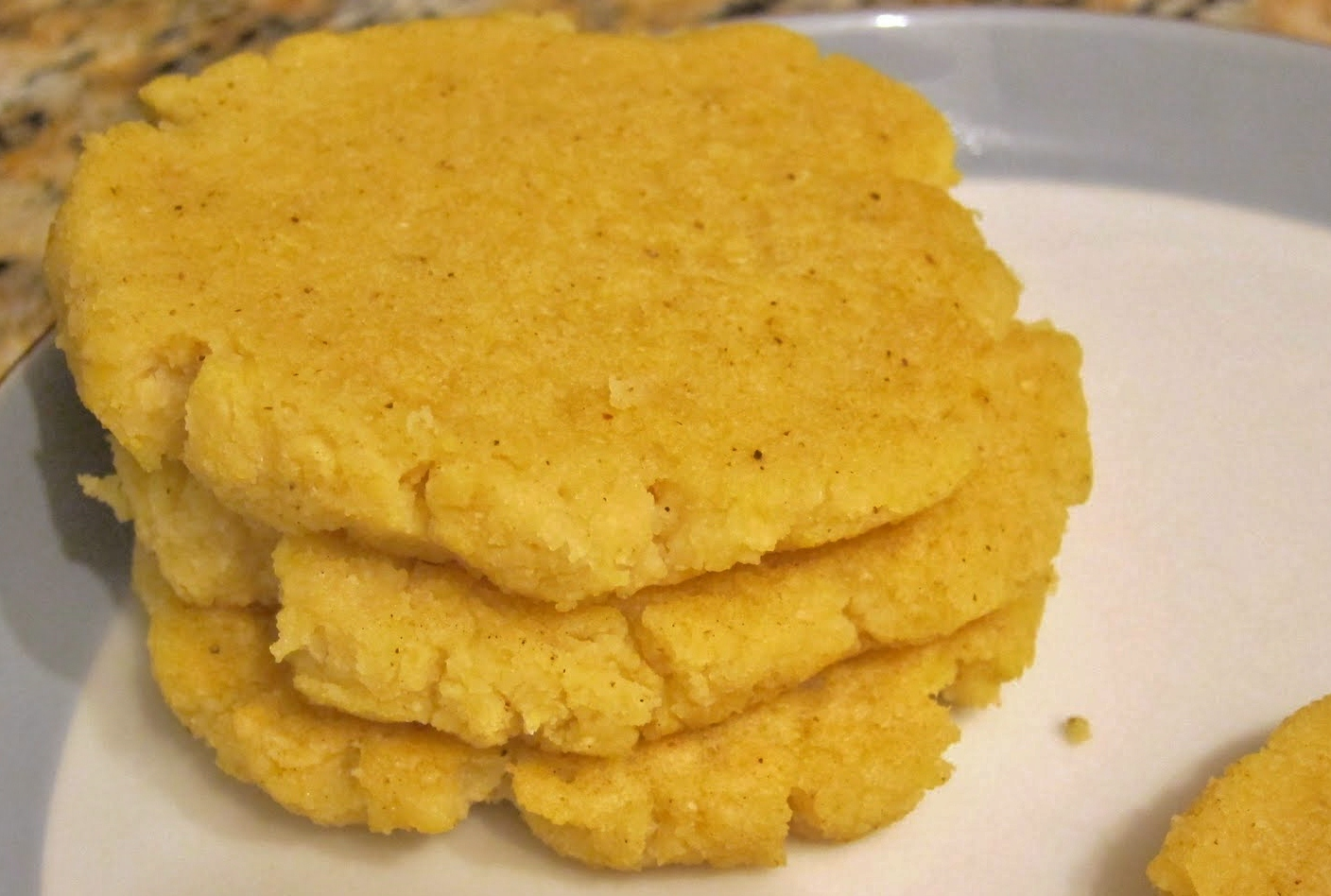 The Vegan Chronicle: Arepas