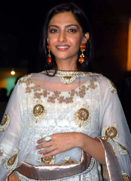 bollywood-actress-fashion