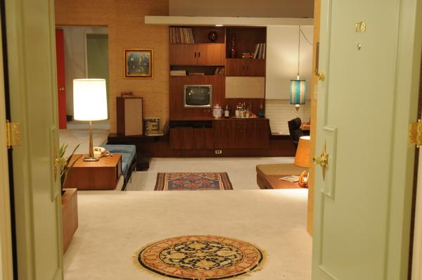 mad men style a look at 1960 39 s decor the cottage market. Black Bedroom Furniture Sets. Home Design Ideas