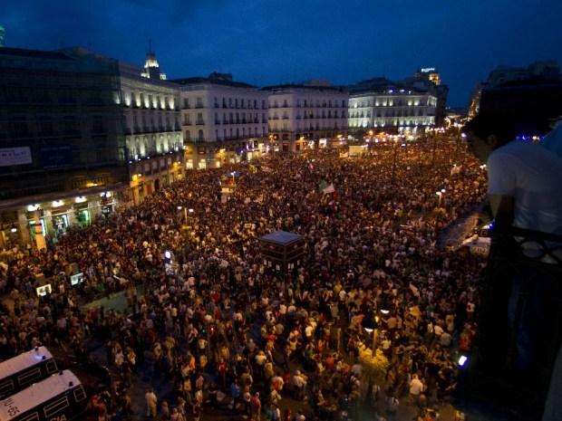 Españoles emigran a Argentina en Busca de Trabajo