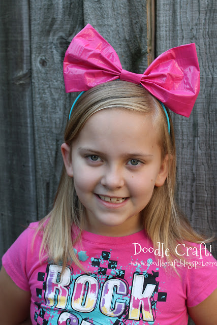 http://www.doodlecraftblog.com/2012/09/duct-tape-hair-bows-and-bracelets.html