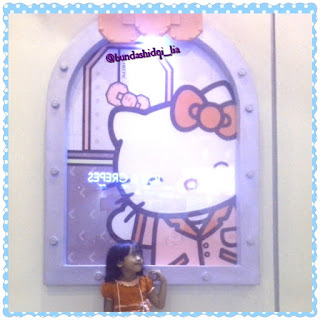 http://lialathifa.blogspot.com/2015/05/wahana-dufan-meet-greet-hello-kitty-and.html