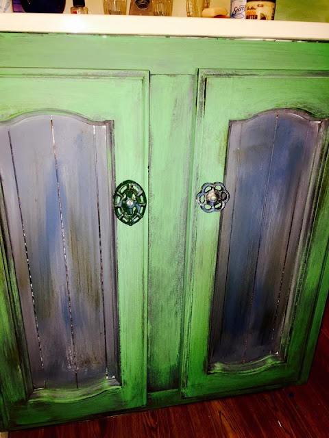 Chalk Paint Bathroom Cabinet using Old Knobs for Handles