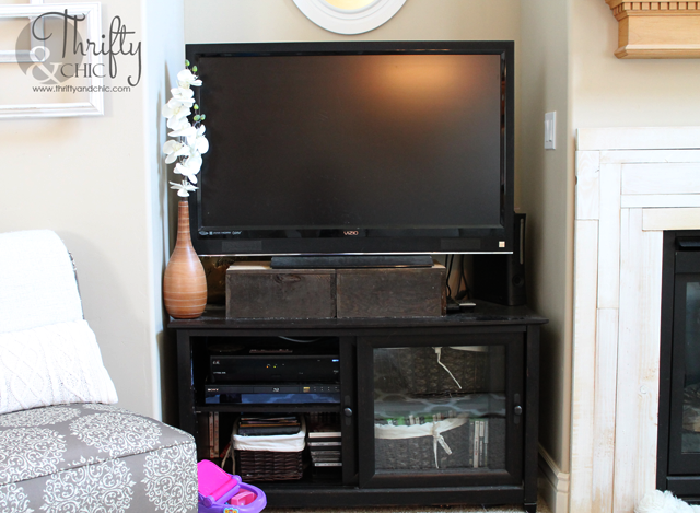 TV Storage Stand Tutorial:::BEfore