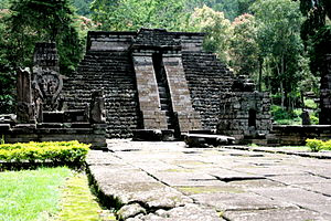 ziggurat pyramid ancient Java Candi Sukuh