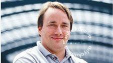 Linus Torvalds Hacker Paling Terkenal di Dunia