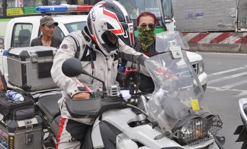 Dàn môtô khủng của Thái Lan bị bắt trên xa lộ Hà Nội