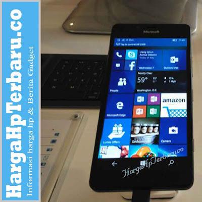 Keren! Buat Lumia 950 Jadi Komputer Ber-OS Windows 10
