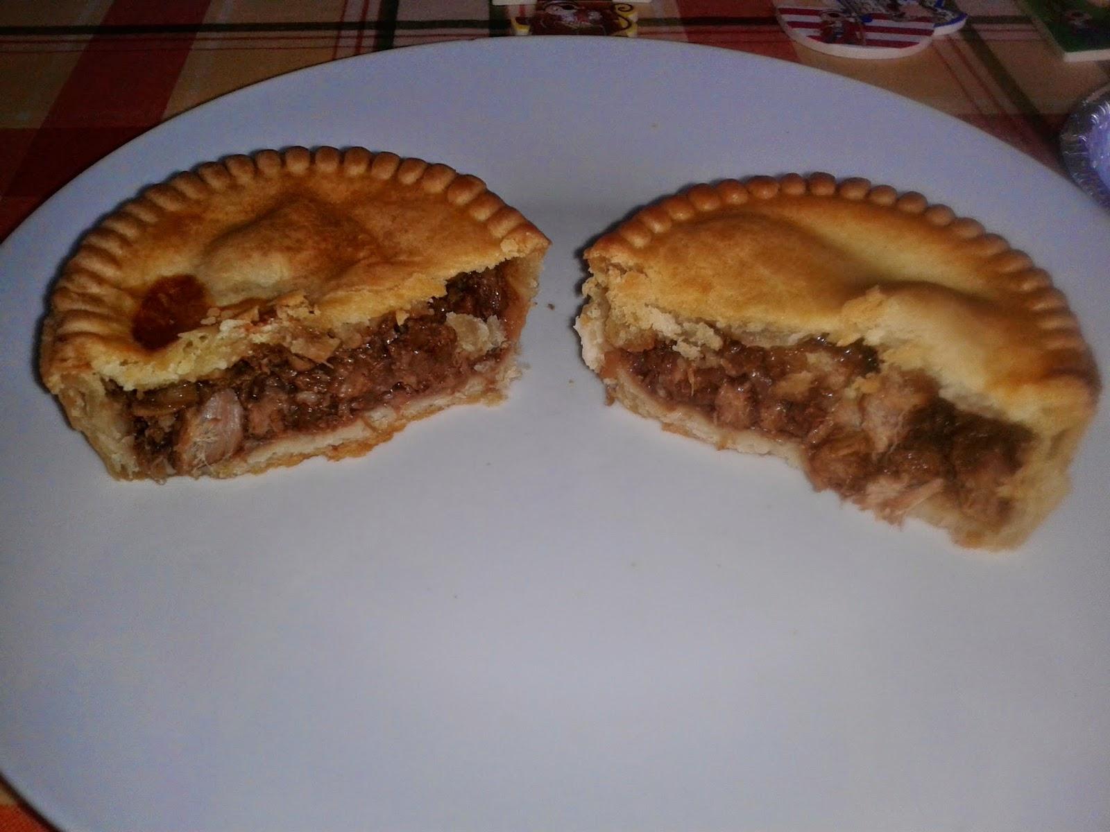 Pocklington's Steak Pie - Microwaved Edition