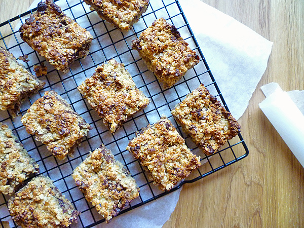 Banana and Chocolate Chip Flapjacks Recipe