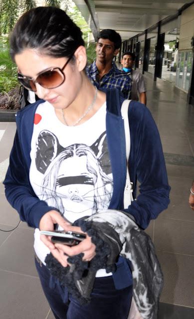 katrina kaif on airport with salman khan