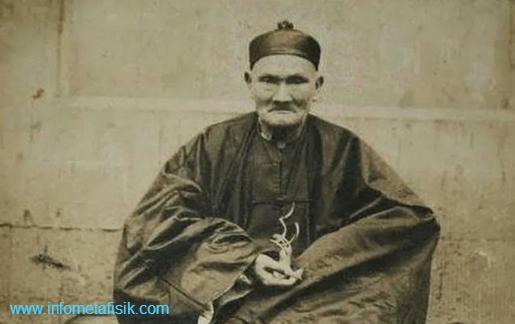 Legenda Li Chung Yun, Manusia Berusia Seperempat Abad Lebih