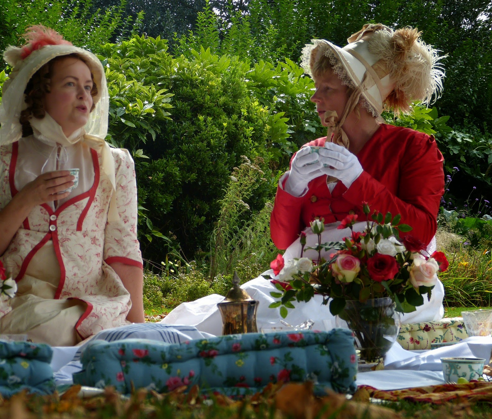 A Regency picnic in the park