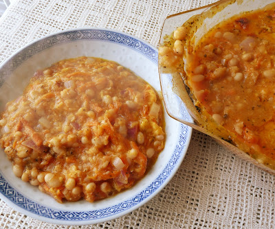 Cheesy Baked Beans in Tomato Sauce