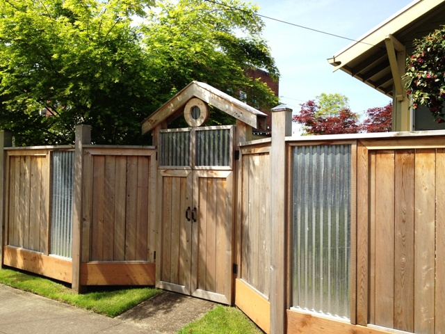 DAVE SNYDER......Real Estate......Portland, OR: Fence with ...