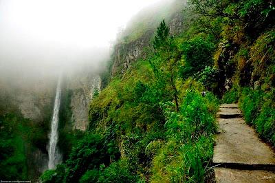 objek wisata Air Terjun Sipiso Piso 3