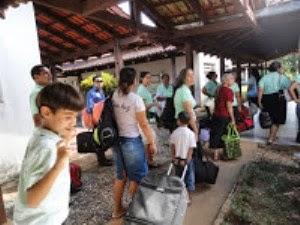 Ceifeiros chegando de viagem na cidade de Chapada dos Guimarães - MT  23.04.11