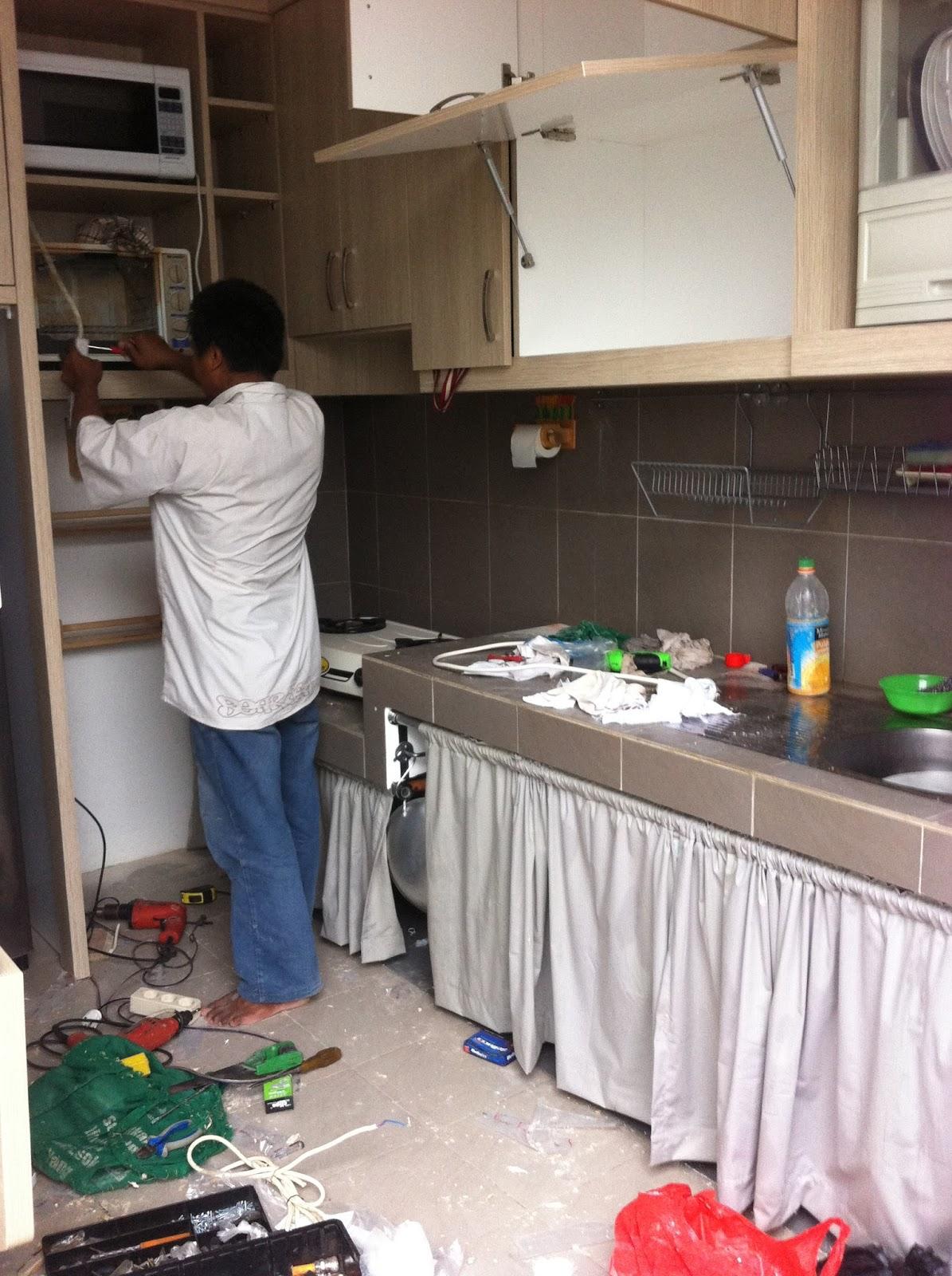 Oputcakra membuat dan mendesain kitchen set ala ikea for Tukang kitchen set