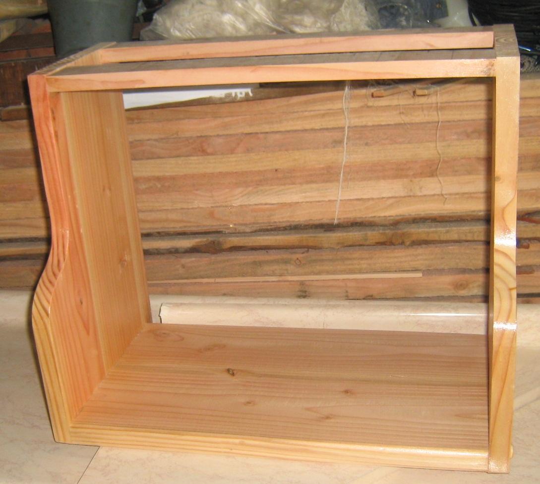Mueble de cocina fabricaci n de muebles puertas y - Mueble botellero cocina ...